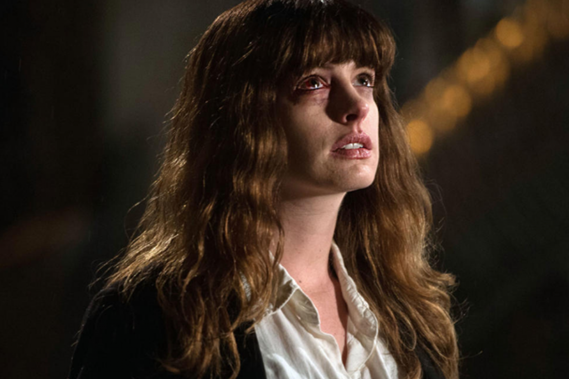 anne-hathaway-makeup-colossal