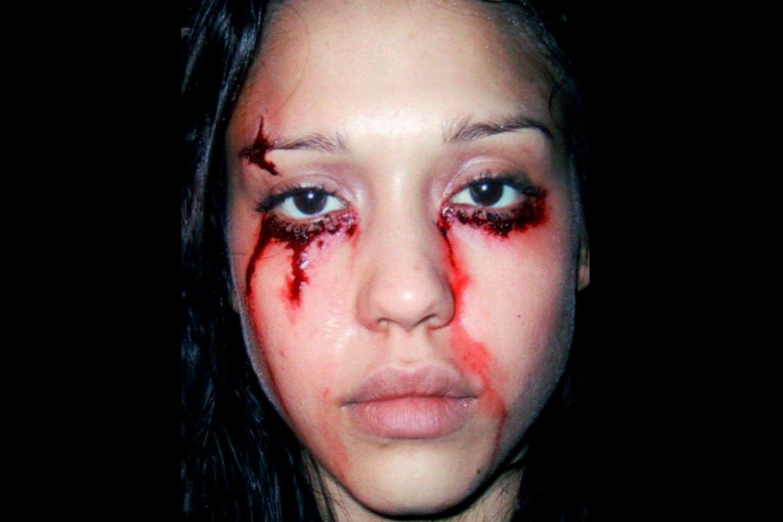 eye-stiches-makeup