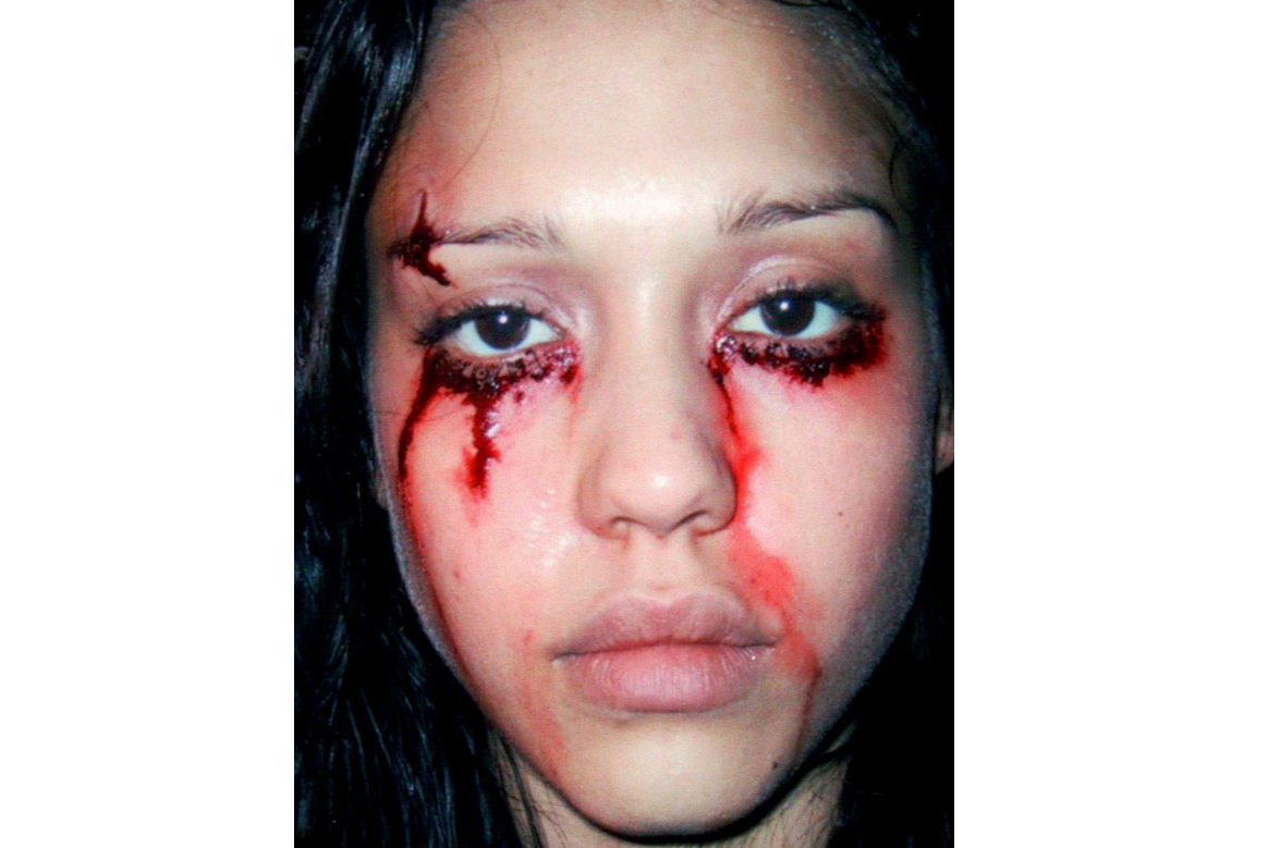 eye stitches jessica alba makeup